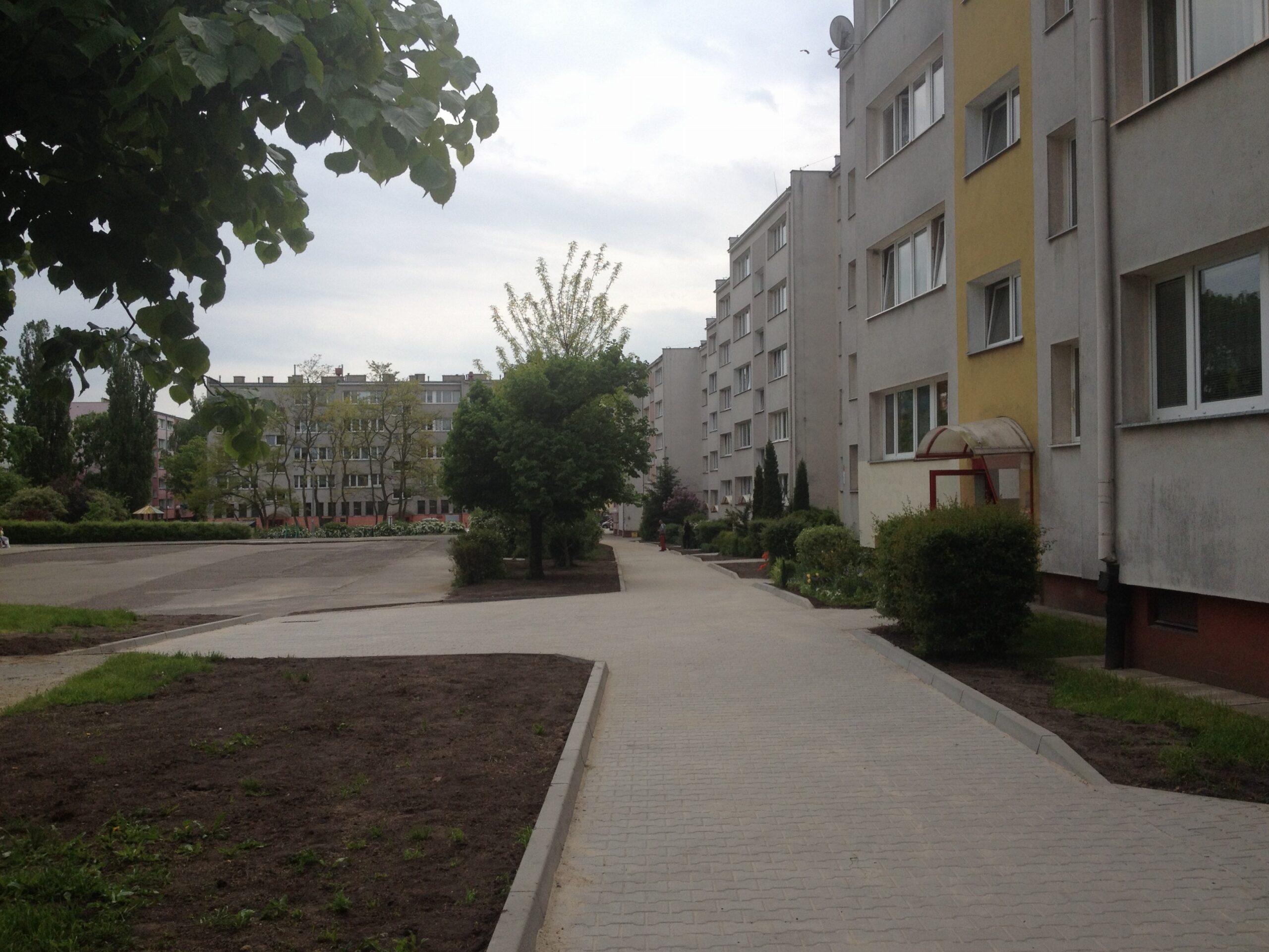 Przebudowa chodnika przy 9 maja już na finiszu.