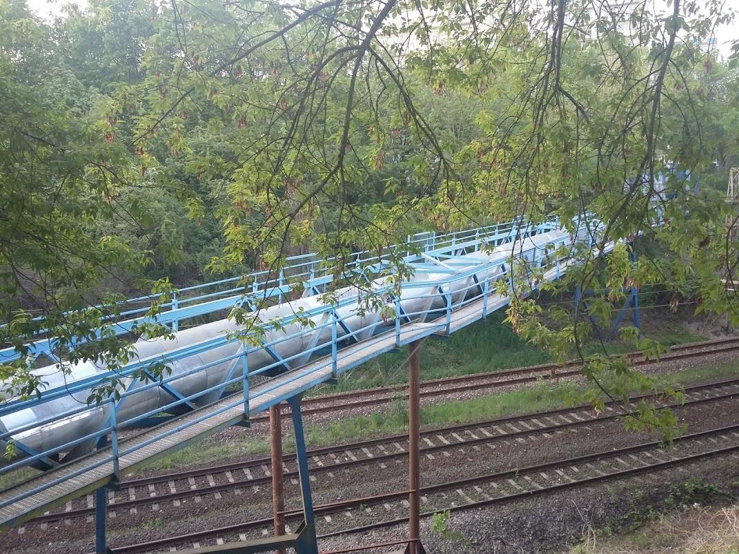 Uszkodzenie kładki wodociągowej przy Budziszyńskiej
